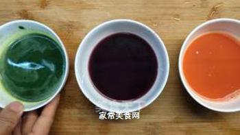 超能奶爸厨房必杀技:多彩麻食的做法步骤:9