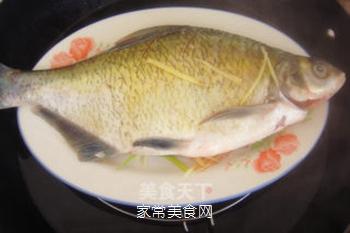 湖北家乡菜--清蒸武昌鱼的做法步骤:5