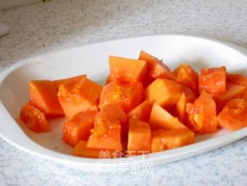 润肺美容兼顾的木瓜银耳羹的做法步骤:4