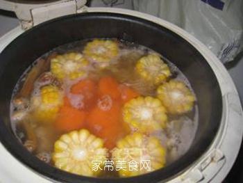 松茸银耳瘦肉汤的做法步骤:7