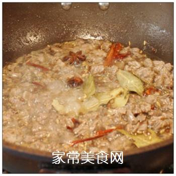 绵阳人最爱的早餐米粉臊子-----牛肉干笋臊子的做法步骤:5