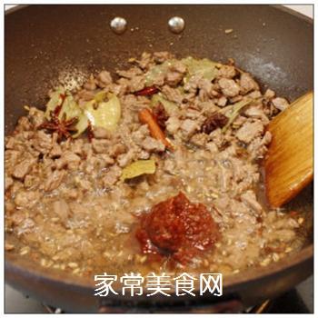 绵阳人最爱的早餐米粉臊子-----牛肉干笋臊子的做法步骤:6