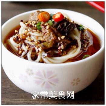 绵阳人最爱的早餐米粉臊子-----牛肉干笋臊子的做法步骤:9