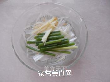 钟水饺的做法步骤:1