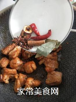 红烧排骨炖豆角的做法步骤:5