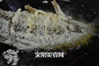 糖醋鲤鱼的做法步骤:17