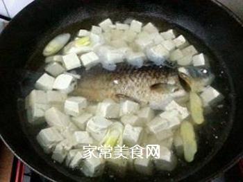 奶汤鲫鱼的做法步骤:5