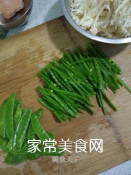 荷兰豆炒金针菇的做法步骤:5