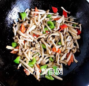 小炒蟹味菇的做法步骤:6