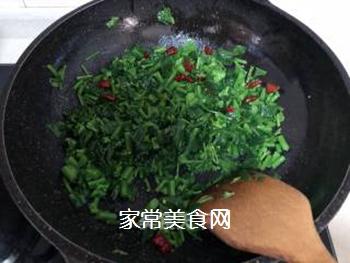 油渣炒菜苔的做法步骤:7