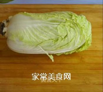 醋溜白菜的做法步骤:1