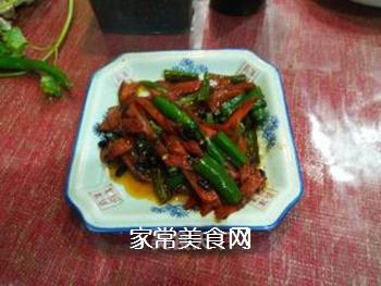 胡萝卜烩海椒的做法步骤:2