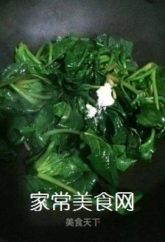 猪油炒菠菜的做法步骤:4