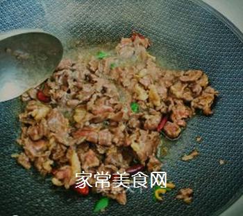蛇瓜炒牛肉的做法步骤:5