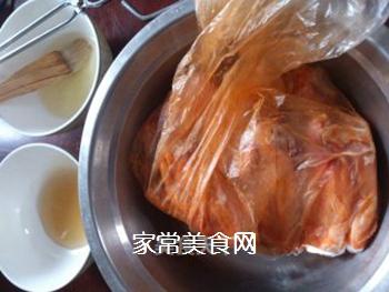 蜜汁奥尔良鸡翅的做法步骤:2