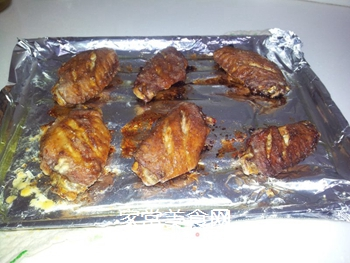 超家秘制烤翅的做法