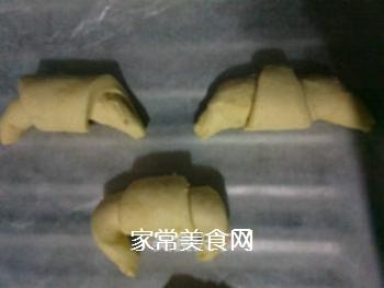 小小酥皮牛角包的做法步骤:7