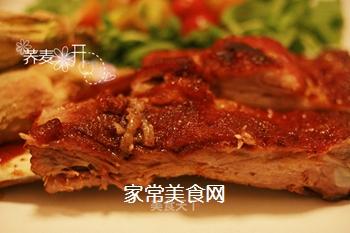 【烤箱慢烤】入口即化的香甜烧烤酱肋排~的做法