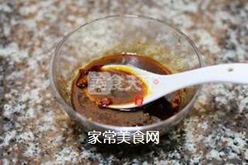 鱼香肉丝的做法步骤:4