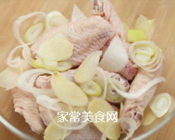 红烧鸡翅的做法步骤:3