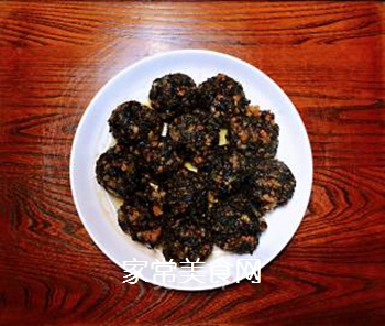 梅菜干肉丸的做法步骤:6