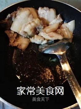 传统回锅肉的做法步骤:7
