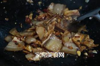 青椒回锅肉的做法步骤:9
