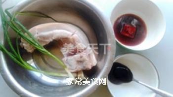腐乳叉烧肉的做法步骤:1