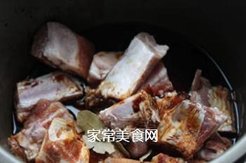 孩子们爱吃的红烧排骨的做法步骤:2
