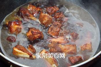 孩子们爱吃的红烧排骨的做法步骤:9