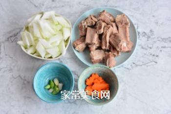 排骨冬瓜汤的做法步骤:1