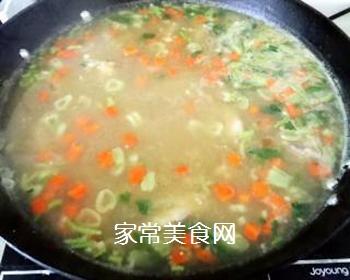 排骨蚬子时蔬面的做法步骤:11