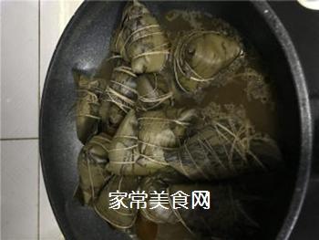 排骨蛋黄粽的做法步骤:10