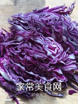 凉拌紫甘蓝的做法步骤:1
