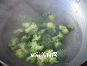 草菇牛排的做法步骤:3