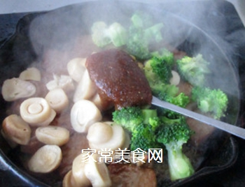 草菇牛排的做法步骤:15