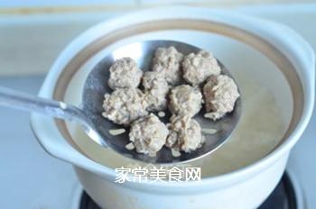 西兰花肉丸粥的做法步骤:5