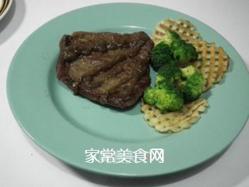 煎西冷牛排的做法步骤:12