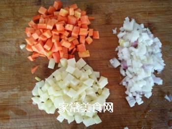 咖喱土豆牛肉拌饭的做法步骤:1