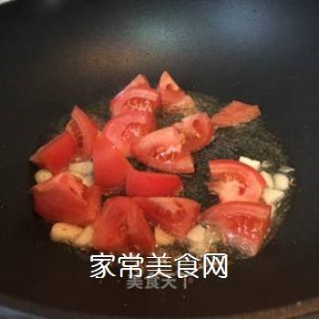 西兰花炒番茄的做法步骤:9