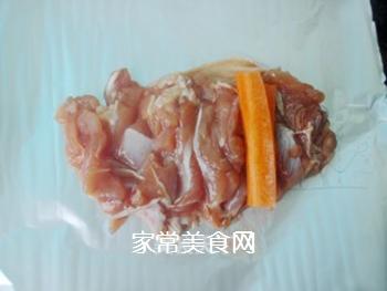 叉烧鸡腿卷的做法步骤:5