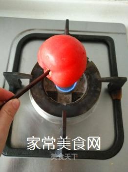 西红柿炸鱼汤的做法步骤:2