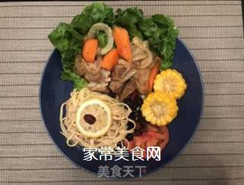 时蔬煎羊排&香芝麻意面的做法步骤:12