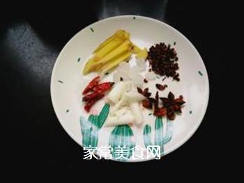 西红柿土豆炖牛腩的做法步骤:4