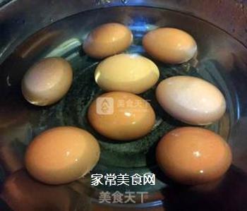 红烧鸡翅炖蛋的做法步骤:5