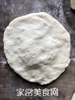 莴笋干肉包的做法步骤:10