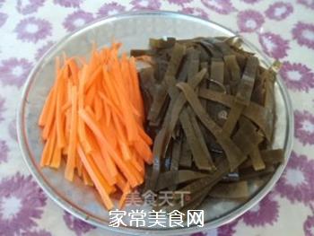 胡萝卜烧海带的做法步骤:3