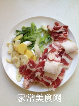 五花肉酥海带的做法步骤:2