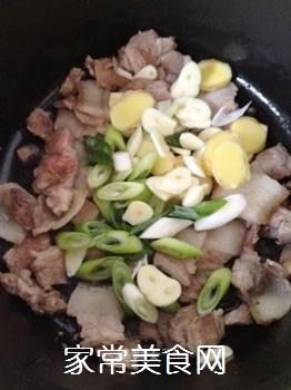 五花肉酥海带的做法步骤:6