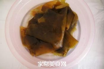 香浓麻辣--竹笋海带炖排骨的做法步骤:1